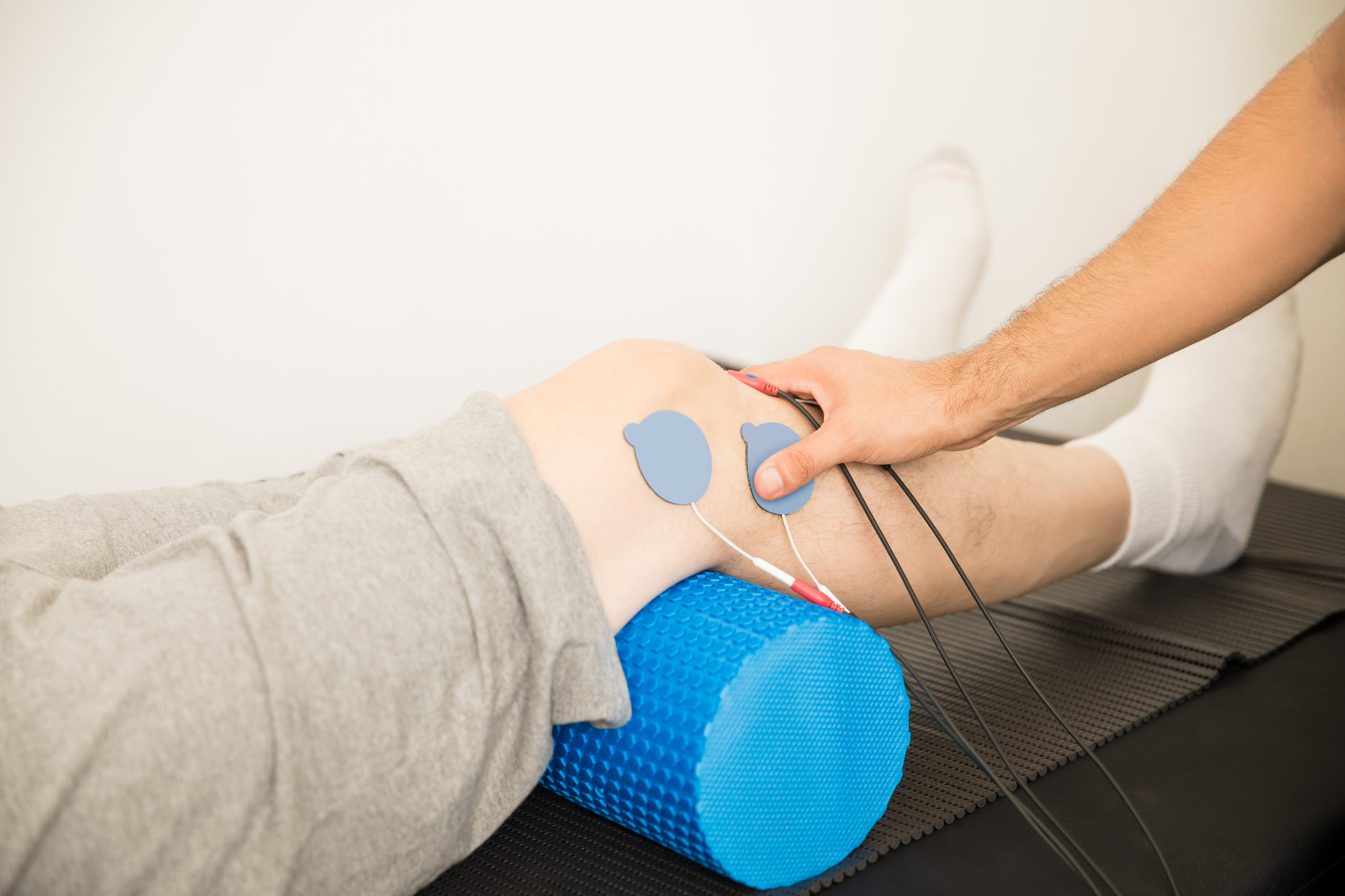 Electrotherapy treatment for a knee injury